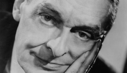 ts eliot essay baudelaire These selected essays of t s eliot gather the essential criticism by the nobel prize-winning author where you're drawn into excellent criticism on baudelaire.