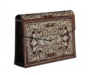 1208-5 - Stitched Splendour - Rosa - Accordion Box