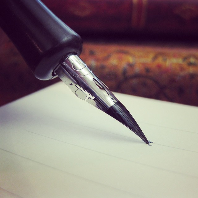 Fountain-Pen_With-Instagram-Filter