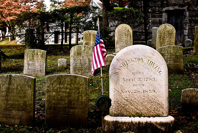 640px-Washington_Irving's_headstone_Sleepy_Hollow_Cemetery