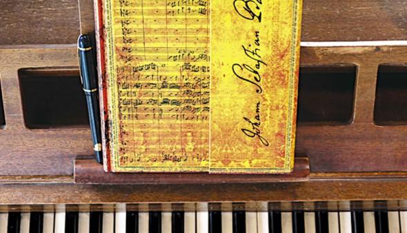 Bach-1v4